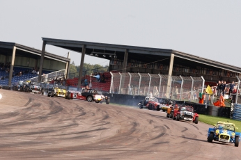 Thruxton_race1_2