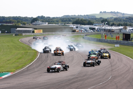 Thruxton_race2_1