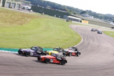 Thruxton_race2_2