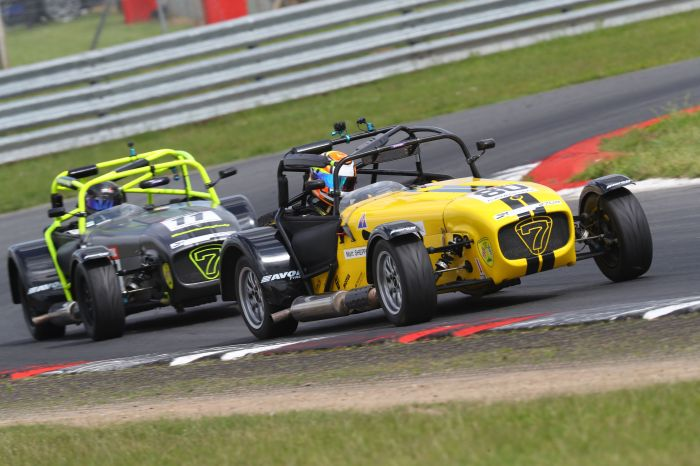 Snetterton Caterham 270R Race 1 end