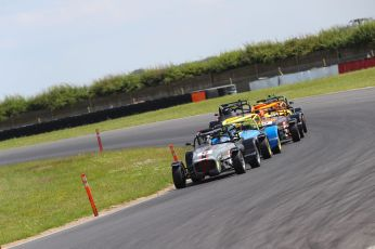 Snetterton Caterham 270R Race 2 pack2